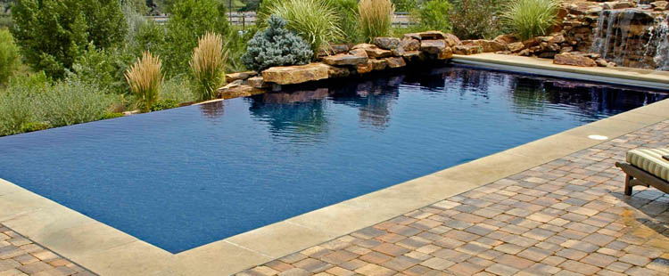 About Custom Pools & Patio